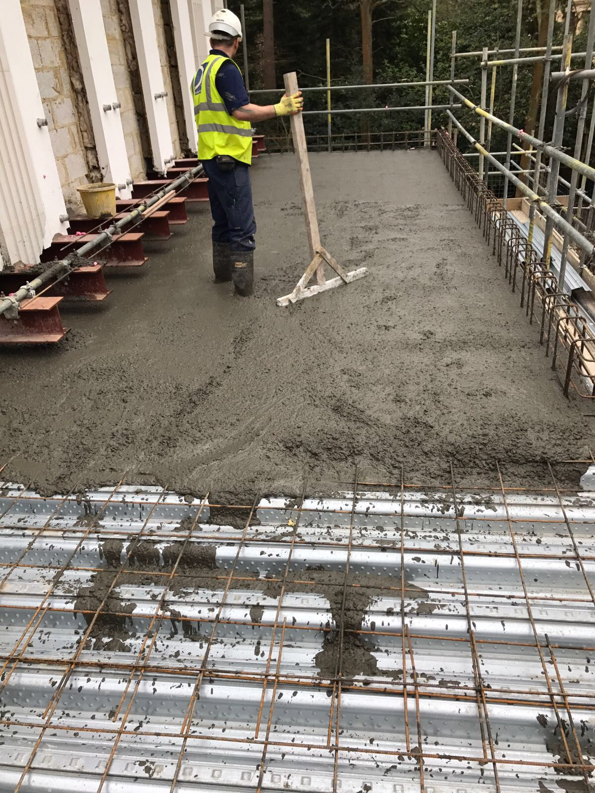 Commercial concrete services in London