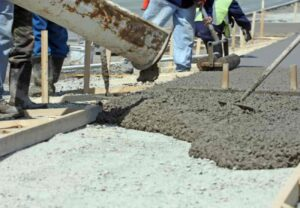 Read more about the article Ready Mix Concrete vs. Site-Mixed Concrete –Your Knowledge Guide